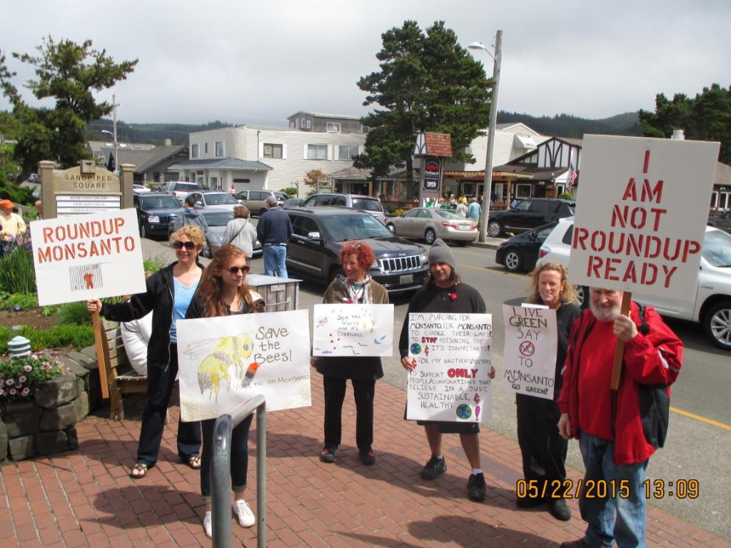 Left to Right: Leslie McClanahan, Anika Goldner, Lisa Kerr, Vinny Ferrau, Nancy Kohut, and Jerome Arnold