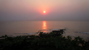 sunrise_view_over_bay_of_bengal_at_vizag